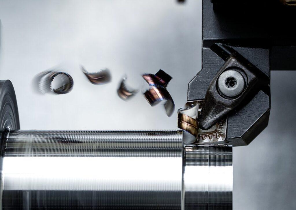 threading carbide insert machining